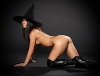 Nude Witch